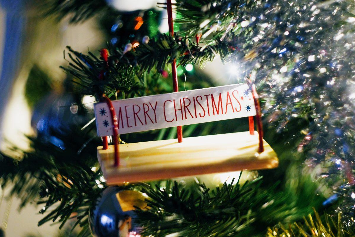 'Merry Christmas' Christmas tree ornament